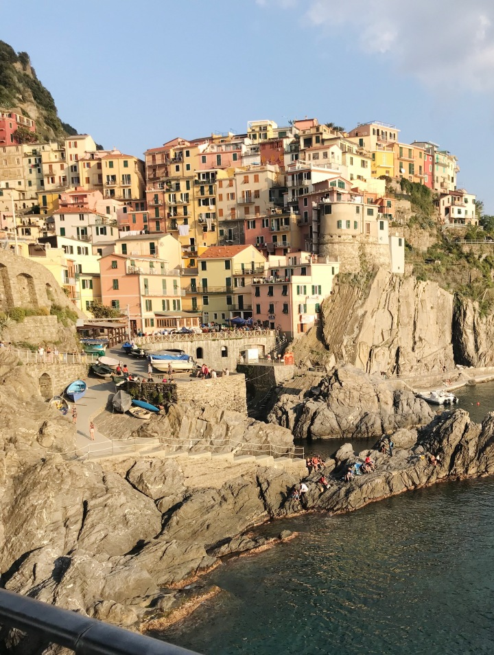 Inside a painting: Cinque Terre.